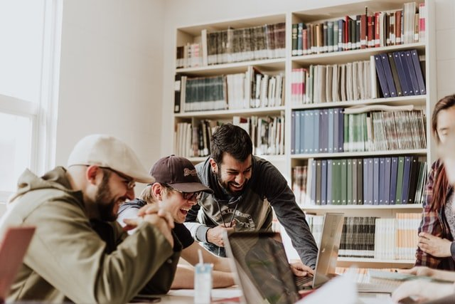 Free Benefits to Give Employees for Small Businesses