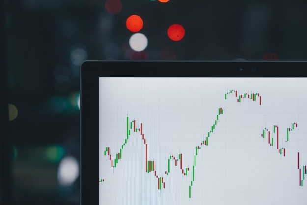 Want to Trade Online? Here's How It Works