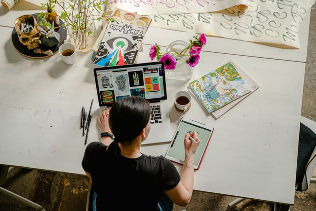 How can a Graphic Designer Boost your Marketing Campaign?