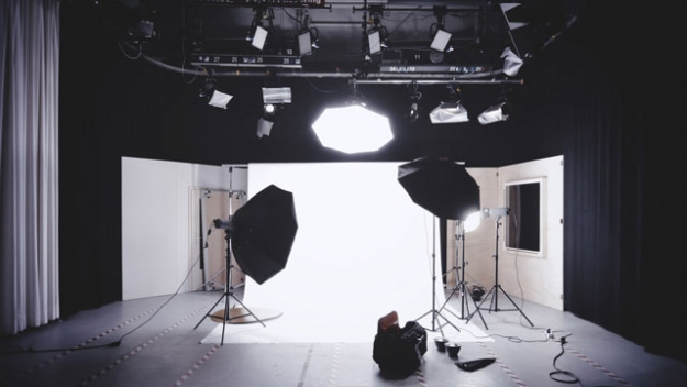 Starting at Photography business? Here's How to Make it Profitable
