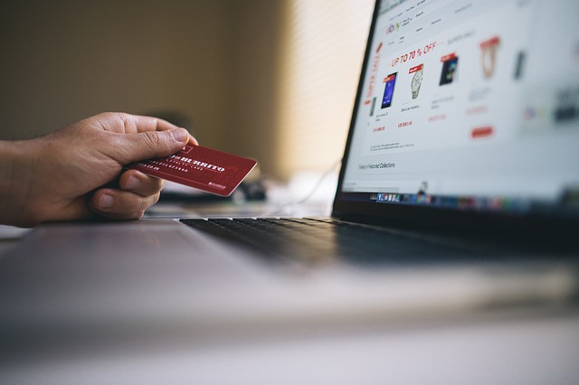 Why Your Business Needs to be Online Now