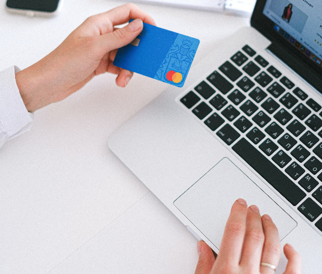 How to Improve Customer Experience for Online Shoppers Without Losing your Mind