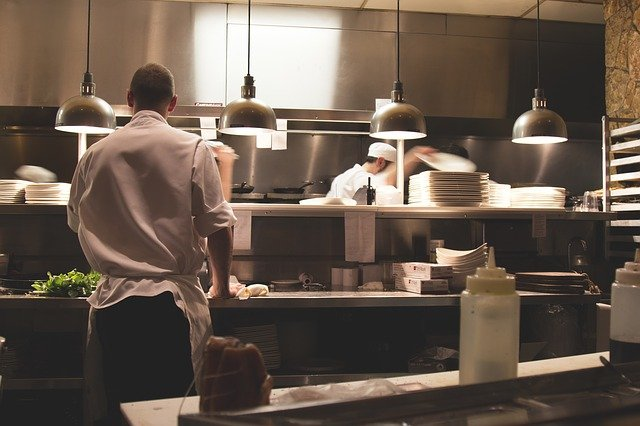 Common Mistakes To Avoid When Starting A Restaurant