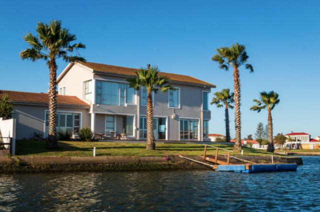 4 Tips for Managing Your Vacation Rental Business