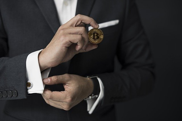 How to develop your business by using bitcoin in 2021