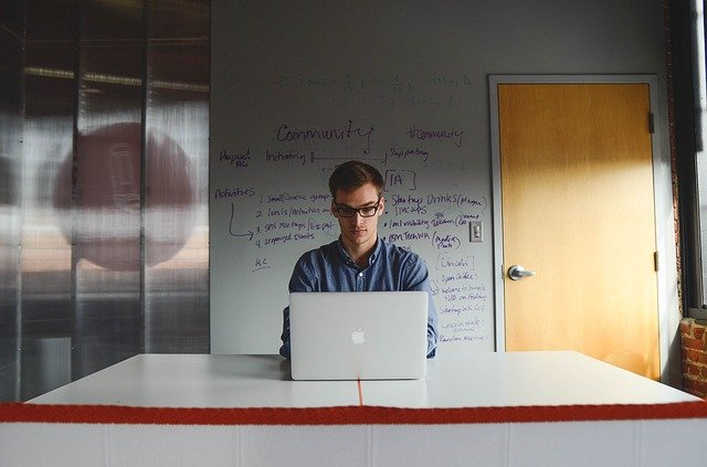 Top 4 Mistakes Many Entrepreneurs Make and How To Avoid Them