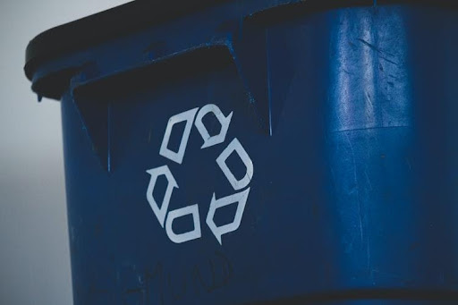 Benefits of Using Recycled Plastic in Your Business