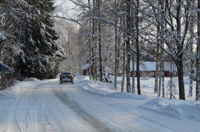 Supercar Winter Driving Guide: Avoiding Accidents