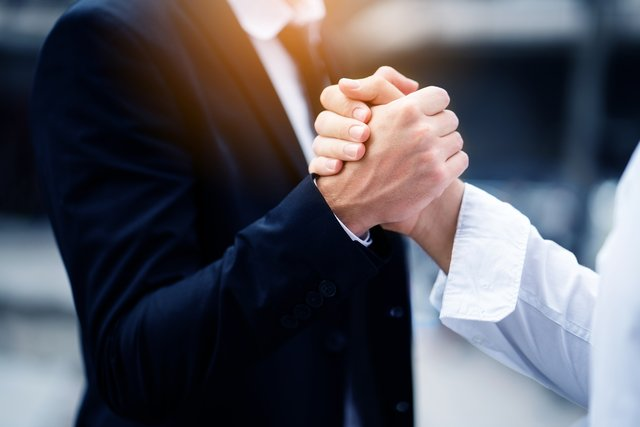 Improve Your Co-Selling Strategies